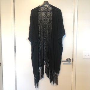 American Eagle - Black lace kimono
